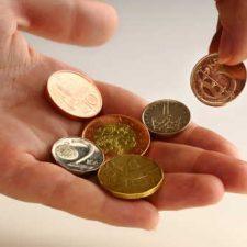 Vyzkoušejte půjčky na směnku, bez poplatků předem, které nabízí možnost dostat peníze, i pro lidi s exekucí.