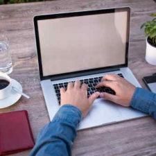 Rychlá nebankovní online půjčka, nabízí možnost získat až 150 000 Kč na cokoliv. Peníze můžete mít na účtu v bance do 15 minut. O půjčku je možné žádat 24 hodin denně. Pro vyřízení půjčky jsou potřeba dva doklady, a pravidelný příjem.